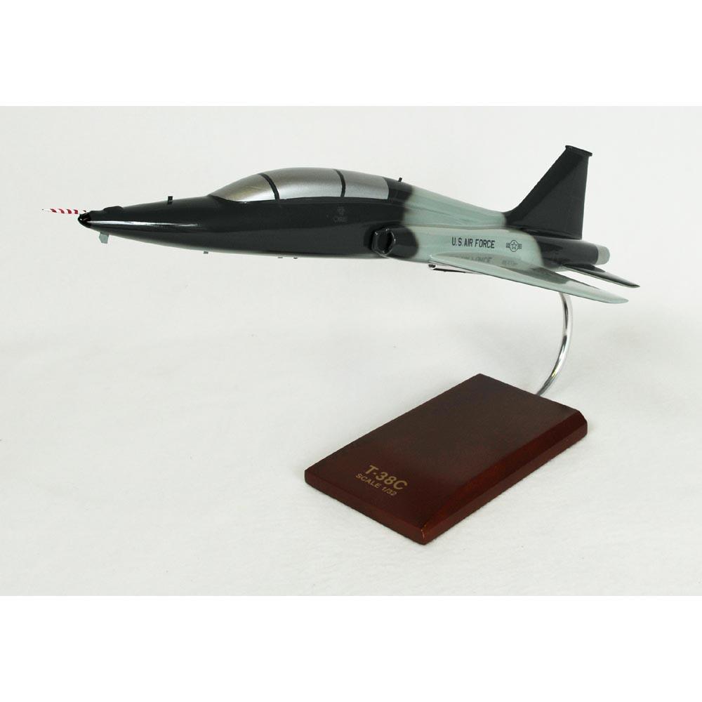 t 38c talon model jet 1 32 scale model jet military aircrafts by. Black Bedroom Furniture Sets. Home Design Ideas