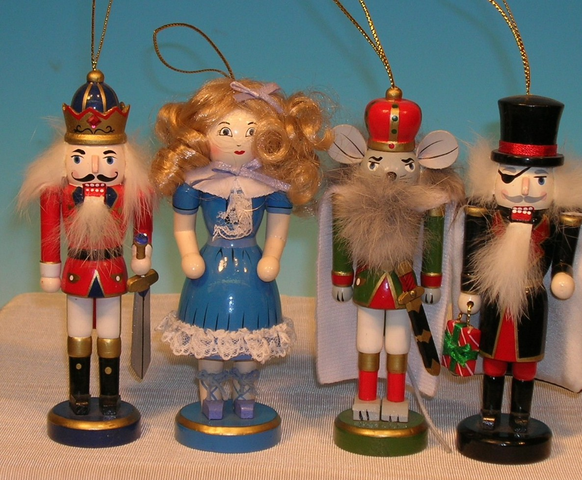 Christmas Nutcrackers On Sale