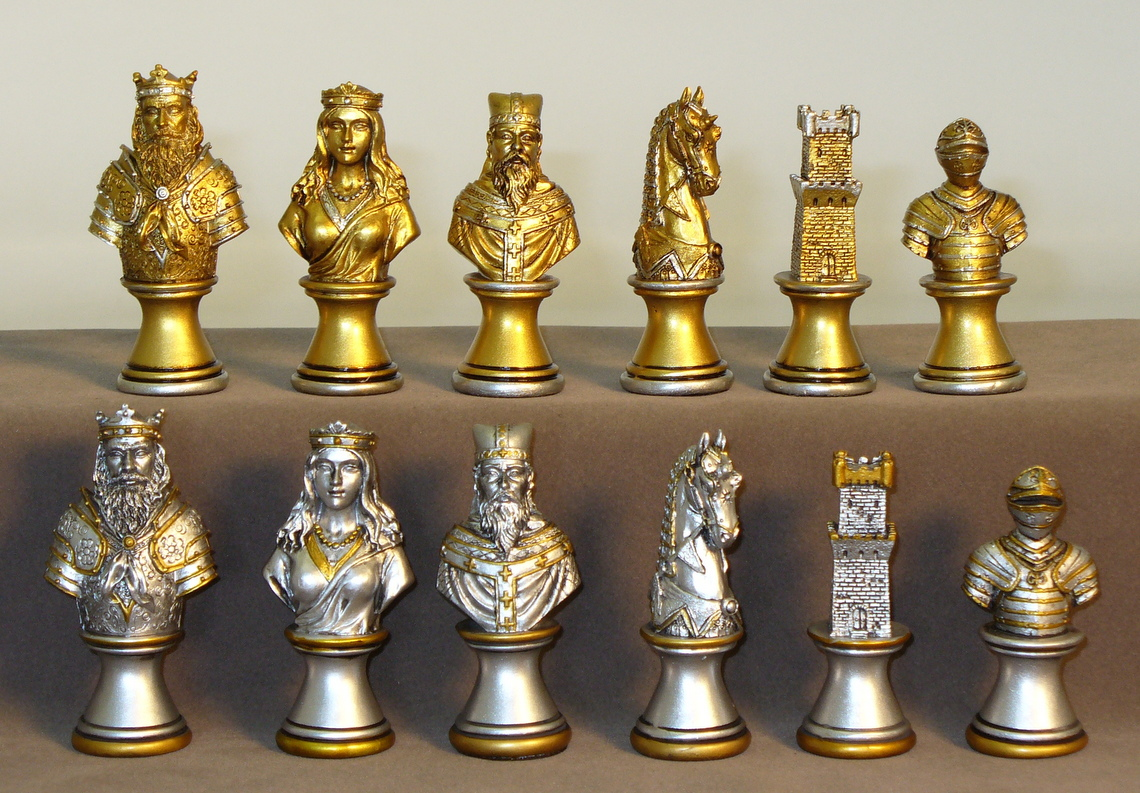 Camelot Busts Gold Amp Silver Chessmen Painted Resin Chessmen