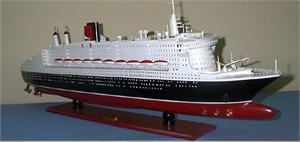 Queen Mary 2 Model Ships