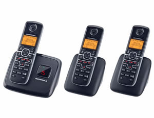 Motorola DECT 6.0 Cordless Phone w/ Three Handsets Motorola and Panasonic Cordless Phones